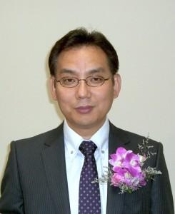 李觀東教会長